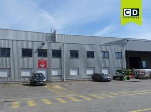 480m² kantoren met mogelijkheid tot opslagruimte vanaf 1000m²<br /> Ligging: in Gentse kanaalzone, vlotte verbinding via de R4 naar E17/E40