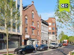 345m² kantoorruimte op 3de verdieping<br /> Ligging: vlakbij Waaslandtunnel<br /> Specificaties: traditioneel metselwerk, dubbel glas, landscape,