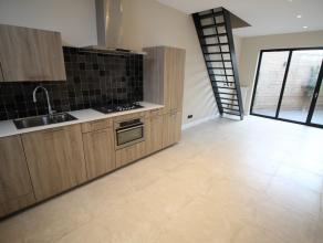 Volledig gerenoveerde woning te huur met 3 slaapkamers in Gent. Deze woning werd in 2016 volledig gerenoveerd met aandacht voor duurzame materialen en