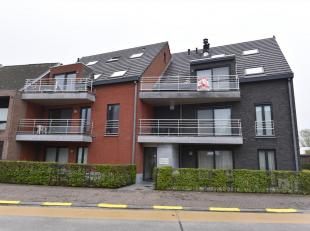Appartement op de 2e verdieping (met lift). Terras aan voor en achterkant.<br /> Indeling: living, open ingerichte keuken, berging, wc, badkamer, inko