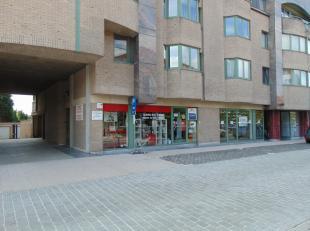 Winkelruimte in het centrum van Aalter met een netto-oppervlakte van 87m². Commerciële goede ligging, centraal in Aalter, in de winkelzone e
