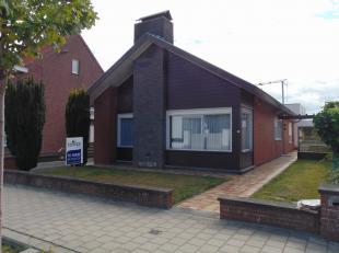 Nette onderhouden woning in open bebouwing, op een uiterst geschikte locatie in het centrum van Aalter. Station (alsook winkels en scholen) te voet, v