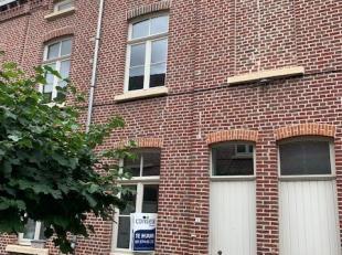 """Deze rijwoning maakt deel uit van woonerf """"De Bandelier"""". Uitstekende ligging aan Dok-Noord - Gent.<br /> De indeling op het gelijkvloers:  ingerichte"""