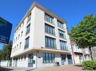Dit klassevol ruim appartement is gelegen in een prachtige boulevard te Sint-Niklaas, vlot te bereiken via de grote toevalswegen en het openbaar vervo