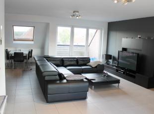 Exclusief, ruim duplex-appartement (oppervlakte: 115m²) met 2 slaapkamers gelegen te Ursel.<br /> <br /> Dit hoogstaand afgewerkt appartement bes