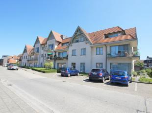 Exclusief villa-appartement op de bovenste verdieping, gelegen in het centrum van Aalter. Mooi onderhouden en afgewerkt 2-slaapkamerappartement die te
