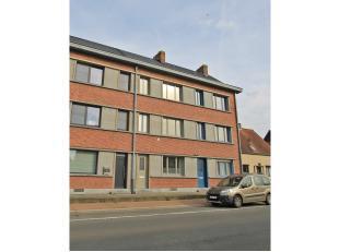 Uniek, volledig gerenoveerde, klassevolle woning te huur nabij het centrum van Aalter. Geniet mee van de mooie open ruimtes met hoog plafond, de mooie