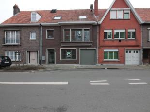 Vernieuwbouw duplex appartement in een kleinschalige residentie van slechts 2 entiteiten. Gelegen op een uitstekende locatie vlakbij scholen, het stad