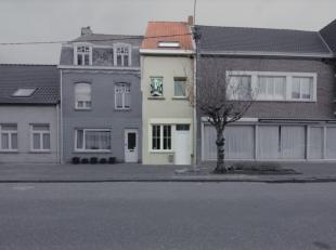 Gezellige woning die recent gerenoveerd werd in de dorpskern van Watervliet. Een ideale starterswoning voor jonge mensen of een rendabele vastgoedbele