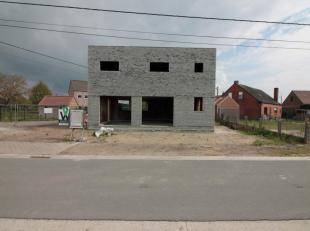 Deze nieuw gebouwde woning vindt u terug in een verkeersarme straat in Sint-Laureins met enkel plaatselijk verkeer.<br /> <br /> De buurt heeft heel w