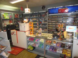Over te nemen / te koop : dagbladhandel met lotto en met handelspand te Borgerhout . Strategische locatie . Deze ruime winkel van ongeveer 75 m2 is ge