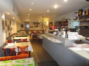 Over te nemen : zeer goed draaiende broodjes / ontbijt en lunchzaak met toplocatie op het Antwerpse - Zuid . Zij is gelegen omgeving Vlaamse - en Waal