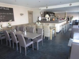 Over te nemen : gezellige en charmante bistro / restaurant met woonst te Melle bij Gent . Mooie hoekligging in de buurt van openbaar vervoer en statio