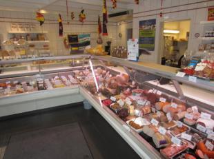 Over te nemen en te koop : traiteur / delicatessen - zaak in de omgeving van Wijnegem .Goede locatie op een drukke winkelstraat .<br />  Zaak bestaat