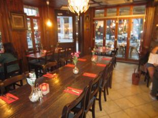 Over te nemen : restaurant op AAA - TOPLOCATIE in het historisch gedeelte van Antwerpen . <br /> Gelegen in het beste gedeelte van deze verkeersvrije
