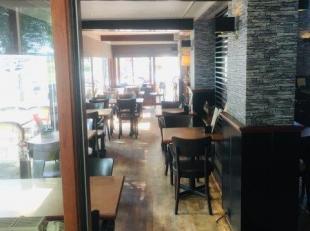 Over te nemen : kippenrestaurant op goede locatie te Antwerpen - Linkeroever .<br /> Grote goed onderhouden zaak gelegen naast een minigolf en een spe