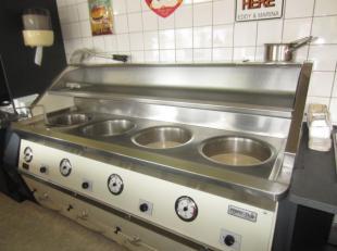 Over te nemen : frituur met mooie gewenste omzetcijfers in de regio Hechtel - Eksel . <br /> Verzorgde en zeer goed draaiende zaak met hoge omzet gele