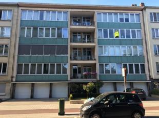U treft dit appartement in de wijk Pulhof, vlakbij openbaar vervoer, winkels en scholen. Het appartement is gelegen op de derde verdieping van Residen