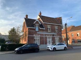Gerenoveerd  appartement  ( ± 95 m² ) op het gelijkvloers. centraal en rustig gelegen te Sint-Denijs-Westrem nabij het oude station , nabi