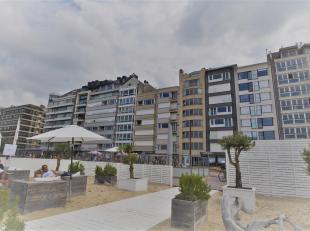Appartement met 7 m. gevelbreedte, uitstekend gelegen op de Zeedijk tussen het casino en het Rubensplein. Samenstelling: inkom, vestiaire, berging, to