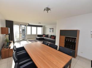 Gezellig en ruim appartement met 2 slaapkamers gelegen in de P. Parmentierlaan. Indeling: keuken met eetkamer, woonkamer, toilet, berging voor wasmach