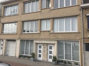 Goed gelegen appartement op de tweede verdieping in een kleinschalig gebouw.<br /> <br /> Vele winkels, tram en busverbindingen op wandelafstand.<br