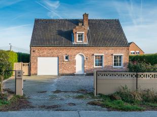 Prachtige vrijstaande woning op een perceel van 998 m², zeer rustig gelegen en op 3 min. van het centrum en goede verbinding met de  invalswegen.