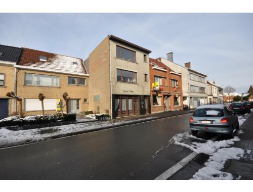 Bien professionnel à vendre à Sint-Maria-Oudenhove, € 298.000