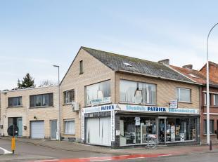 U kan dit handelshuis terugvinden langs de Mechelsesteenweg te Herent, de drukke verbindingslaan tussen Leuven en Mechelen. Goedgelegen, ruim en zeer