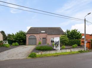 Tussen Aarschot en Rillaar, kan u deze villa terugvinden. Ideaal gelegen daar het gezellige stadscentrum van Aarschot op slechts enkele kilometers gel