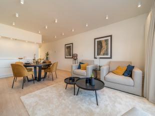 Zeer ruim (105 m²) en modern appartement op de 3de verdieping zeer centraal gelegen op de zeedijk. Volledig vernieuwd. Living met prachtig zicht