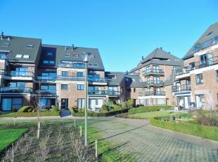 Dit gezellig appartement is gelegen in een appartementencomplex aan de Dampoort te Sint Kruis Brugge.Indeling: living met open keuken, badkamer, 1 sla