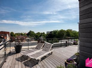 Prachtig dubbel-dakappartement met ruim terras en inpandige garagebox!<br /> De wijk rondom het Harmonieparkt kan sinds jaar en dag zowel jong als oud