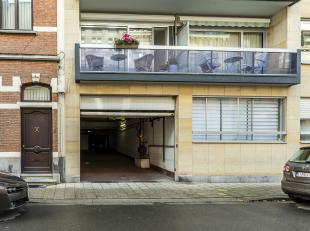Garage à louer                     à 2000 Antwerpen