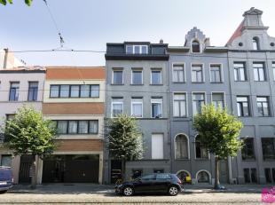 Instapklaar gerenoveerd appartement op het Zuid in herenwoning op een 2e verdieping met trap. Beschikbaar vanaf 01-01.Indeling: Leefruimte 30m²,