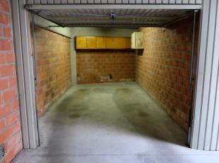 In de residentie Monte Cristo te E. Beernaertstraat 76 bevindt zich deze individueel afgesloten garagebox.<br /> Via afstandsbediening kan men het geb