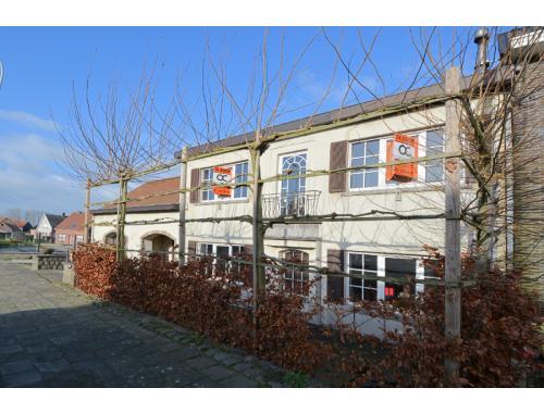 Maison à vendre à Meerbeke, € 315.000