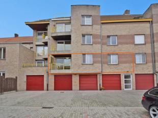 Voor meer info of een bezoek bel Reginald:0489 97 94 43. Dit instapklaar appartement is gelegen in een kleinschalige residentie op een boogscheut van