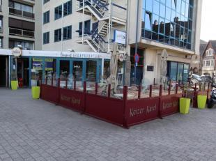 Taverne met eetcafé gelegen op goede locatie te Sint-Truiden, vlakbij het station.<br /> <br /> De totale oppervlakte bedraagt 200 m² best
