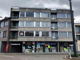 Gezellig appartement van +/- 72m² met panoramisch terras op wandelafstand van het centrum. Het appartement omvat een ruime living, twee slaapkame