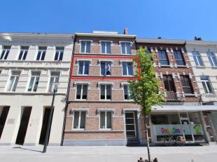 Gezellig en goed gelegen appartement in het centrum van Sint-Truiden op wandelafstand van de grote markt en het station. De grote winkelstraten bevind