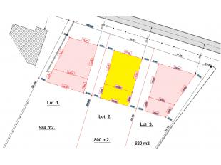 Lot 2: 8a Bouwperceel voor een rustig gelegen open bebouwing met een gevelbreedte van 10m vorgevel en 10m achtergevel, bouwdiepte gelijkvloers 17m, bo