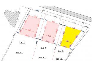 Lot 3: 6a20ca Bouwperceel voor een rustig gelegen open bebouwing met een gevelbreedte van 13m vorgevel en 7,49m achtergevel, bouwdiepte gelijkvloers 1