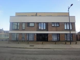 Appartement op het gelijkvloers met terras en autostaanplaats.<br /> <br /> Dit appartement  is gelegen op een toplocatie in het centrum van Maasmec