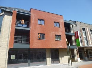 Prachtig nieuwbouw-appartement met 2 slaapkamers. Centraal gelegen in het centrum van Eisden vlakbij winkelcentrum M2, de Pauwengraaf en Maasmechelen