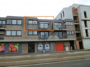 Gezellig appartement met 2 slaapkamers, gelegen op een toplocatie in Maasmechelen.<br /> <br /> Dit appartement, op de 2e verdieping, bestaat uit ee