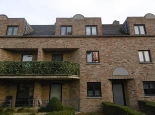 Gezellig en verzorgd appartement op rustige locatie in Proosterbos.<br /> Het appartement omvat een inkomhal, ruime living met open keuken, berging, b