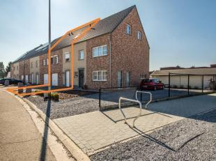Knappe, comfortabele woning te Eksel op een erg rustige en jonge locatie! Deze woning werd in 2014 gebouwd en is bijgevolg volledig instapklaar. De wo