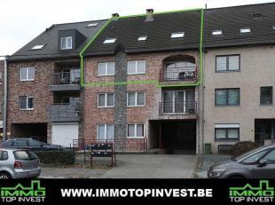 LUXUEUS DUPLEXAPPARTEMENT MET 3 SLPK EN STAANPLAATS - CENTRALE LOCATIE!<br /> Op zoek naar een appartement met veel ruimte? Liefst volledig instapklaa