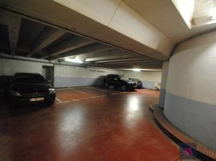 Garage à vendre                     à 2018 Antwerpen